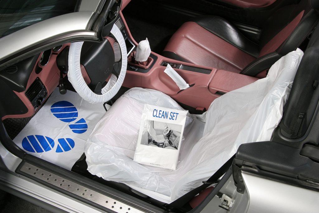 Beschermhoezen onderhoud auto